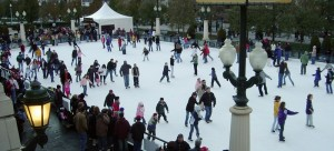 McCormick Tribune Ice Rink is one of many Chicago destinations for ice skating. (Wikimedia Commons)