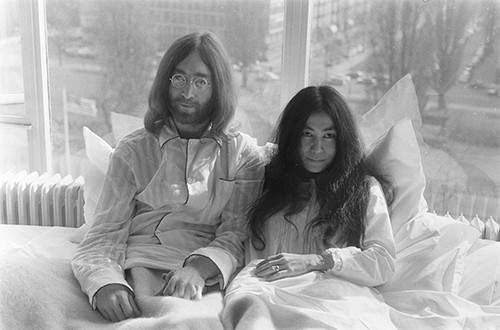 John Lennon and Yoko Ono during the first day of their Bed-In for Peace in Amsterdam, 1969. (Creative Commons)