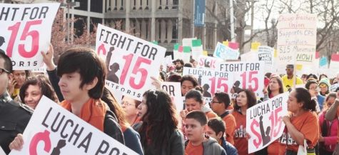 Workers in Chicago take on fight for $15 minimum wage
