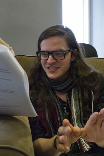 Drew Beyer collaborates with Jeremy Martens. (Geoff Stellfox / The DePaulia)
