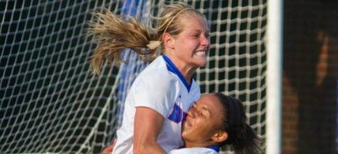DePaul soccer's Elise Wyatt named NSCAA national player of the week