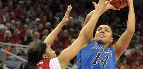 DePaul edges past Louisville to move on to the Sweet Sixteen