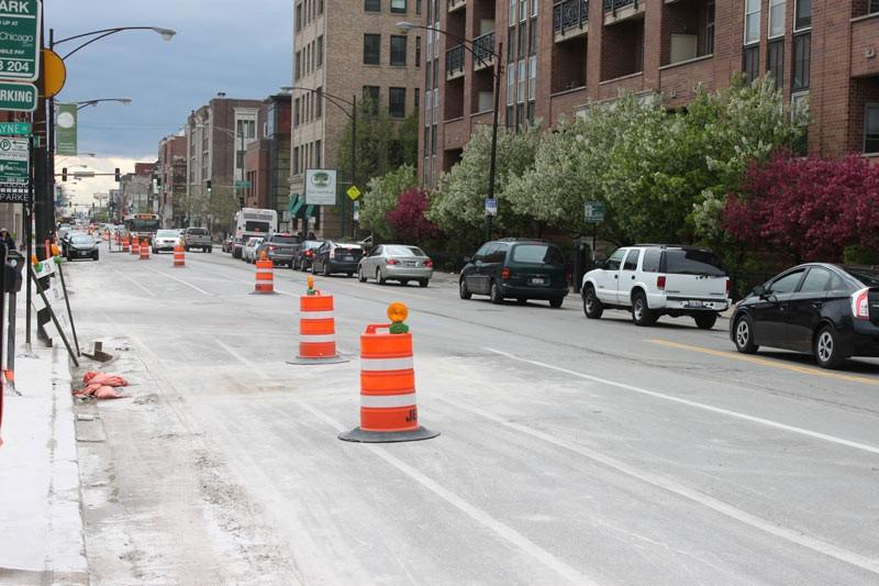 Reconstruction to Fullerton Avenue would add more bike lanes and renovate existing side walks. Construction is set to be completed by November 2016.  (Jack Higgins / The DePaulia)