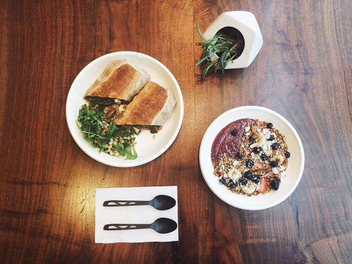 Left Coast Food and Juice features California-inspired health food, but at Hollywood prices. (Garrett Duncan / The DePaulia)