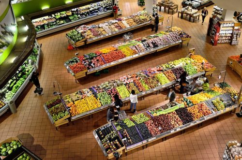 Though supermarkets have a wide array of produce, sometimes the best (and healthiest) produce come from farmer's markets