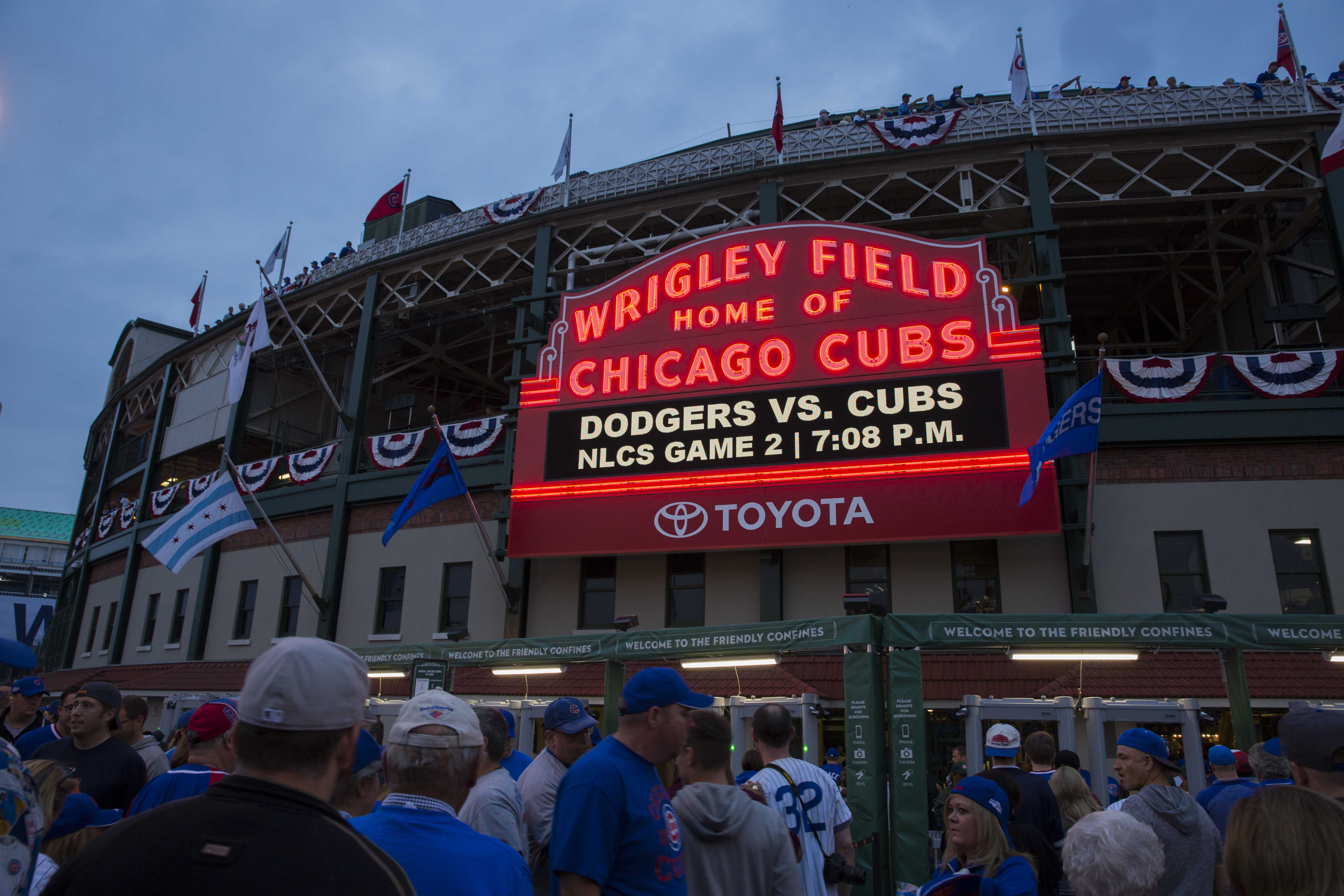 The Cubs played the Los Angeles Dodgers Oct. 16 in game two of the National League Championship Series (NLCS). (Geoff Stellfox | The DePaulia)