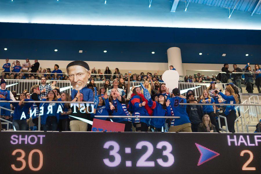 %28Konrad+Markowski%2FThe+DePaulia%29