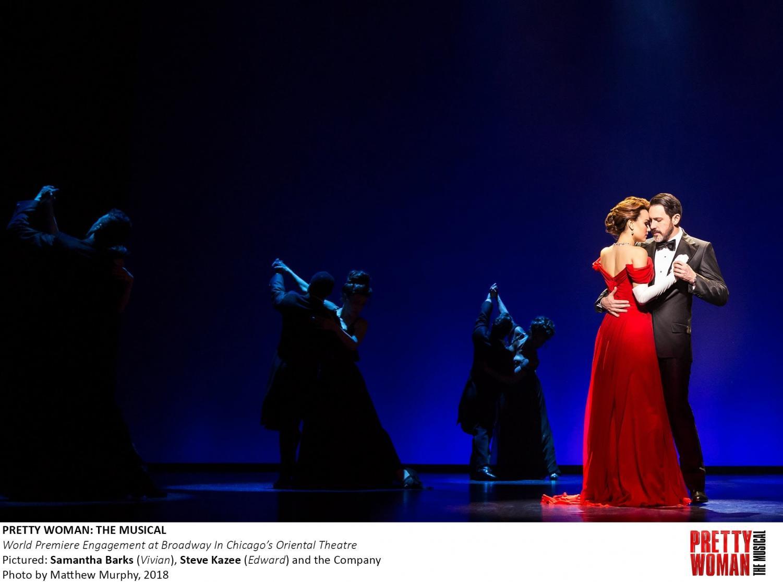 Samantha Banks (Vivian) and Steven Kazee (Edward) on stage in