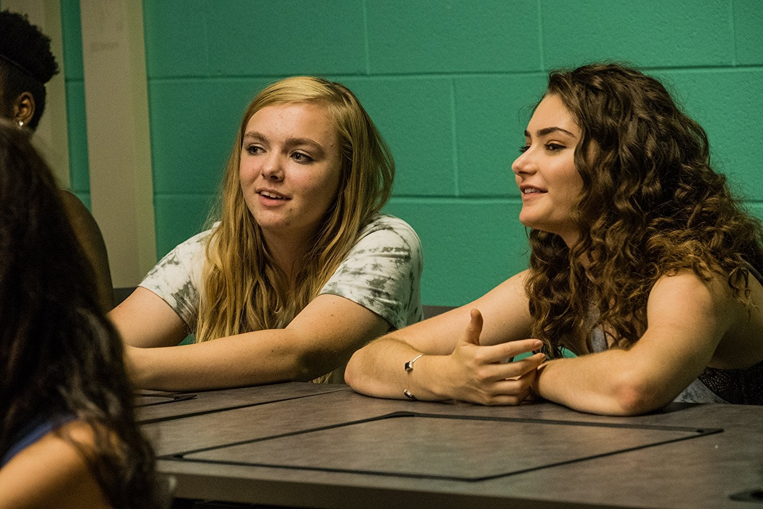 Emily Robinson and Elsie Fisher in Eighth Grade.