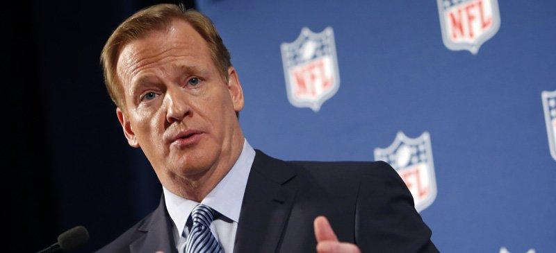 NFL commissioner Roger Goodell. (Jason Decrow / AP)