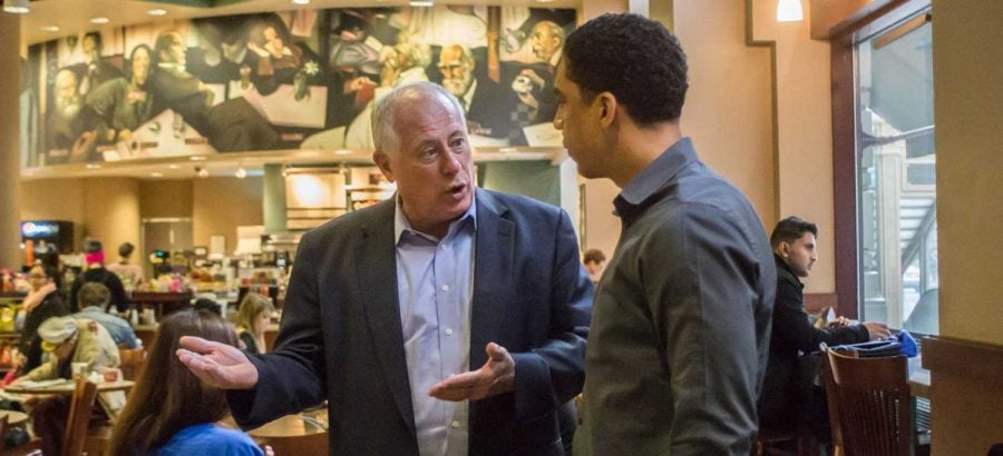 Gov. Quinn visits DePaul Center, urges students to vote