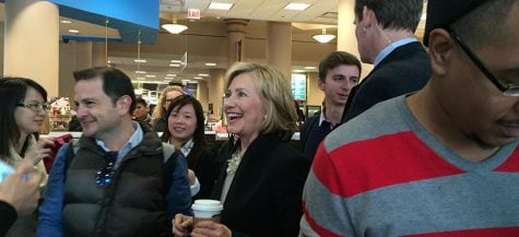 Hillary Clinton, Pat Quinn make coffee stop at DePaul