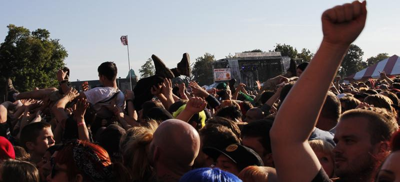 Punk fans crowd surf at Riot Fest. Pop-punk band Joyce Manor recently denounced stage-diving at their shows. (Kirsten Onsgard / The DePaulia)