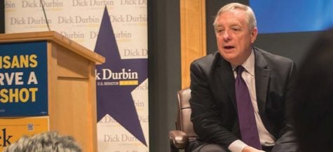 Sen. Dick Durbin speaks to college students about student loans at Harold Washington Library Oct. 10 in an event with Sen. Elizabeth Warren (D-Mass.) (Brenden Moore / The DePaulia)