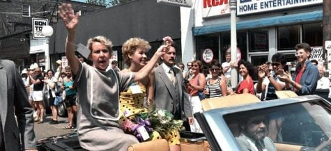 Former Mayor Jane Byrne, pictured above at the 1985 Gay Pride Parade, died last week in hospice care. Byrne served from 1979 to 1983 and was the first female mayor of Chicago. (Photo courtesy of Alan Light)