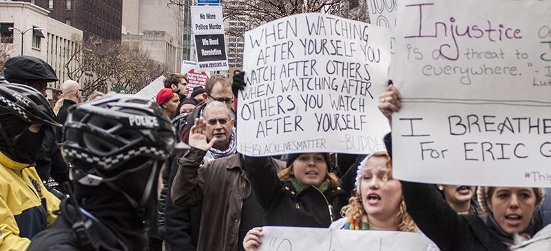 People demonstrate at Michigan Ave. on the Day of Anger march, Dec. 13. (Kevin Gross / The DePaulia)