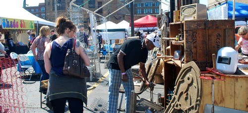 Patrons search for hidden treasures at the Randolph St. Market Festival last weekend. (Christian Ianniello / The DePaulia)