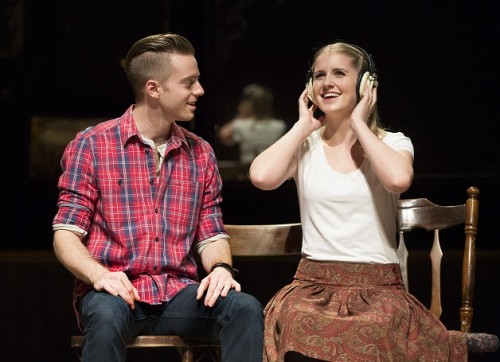 "Alex Nee and Dani de Waal in Broadway in Chicago's ""Once,"" which runs through June 7. (Photo courtesy of BROADWAY IN CHICAGO)"