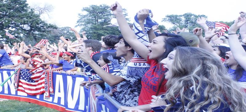Party like its 1999: Thousands crowd Lincoln Park to support U.S. Womens Soccer
