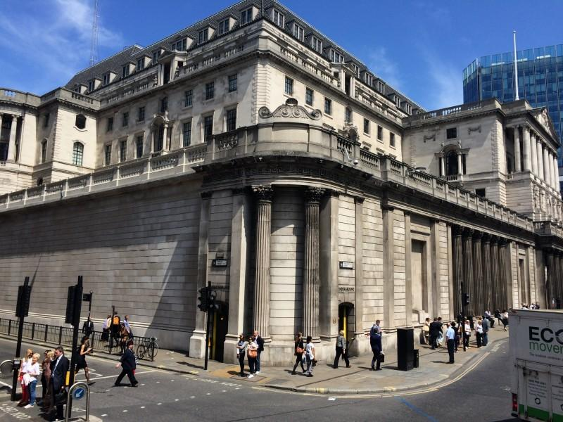 The Bank of England. Notice there are no windows on the first floor. It makes it tougher for would be thieves to break in and run off with cash and gold bars. (Marcus Cirone / The DePaulia)
