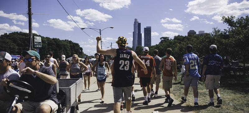 Lollapalooza attendees wander through Grant Park during Lollapalooza 2015. The festival has sold out quickly for several years. (Josh Leff / The DePaulia)
