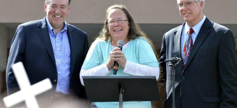 Kentucky clerk Kim Davis sparks national debate