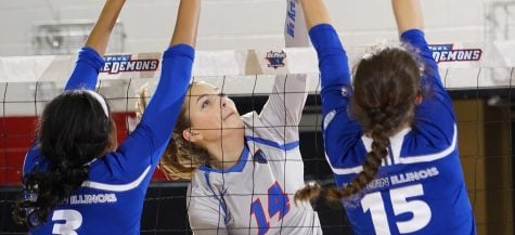 Freshmen adjust to college volleyball schedules