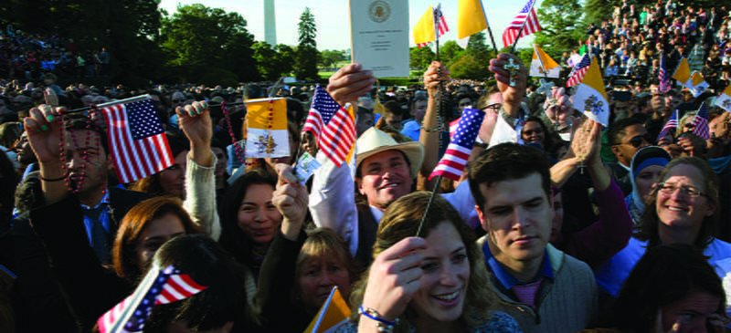 Travelers trek from US, foreign countries to see Pope Francis