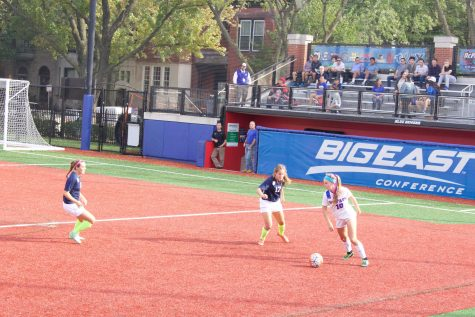 Women's soccer win season opener against Central Michigan