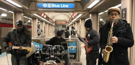 Musicians in 'L' stations brighten commutes for passengers