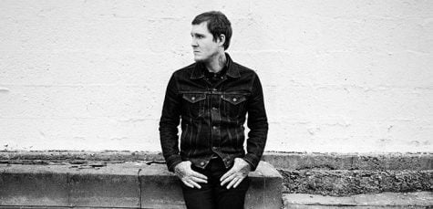 """Brian Fallon shares """"Painkillers"""" with Chicago crowd"""