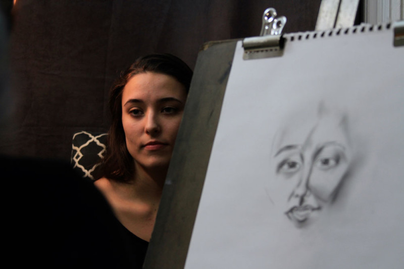 Bethani Randolph, a DePaul junior, is attempting to draw 100 portraits before May 20. (Photo courtesy of ZOE KRAFT)