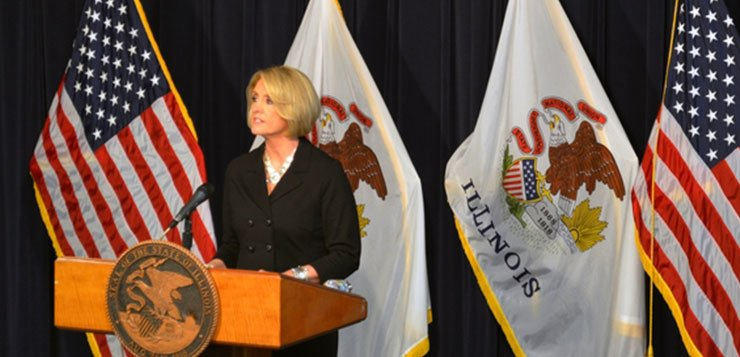 Illinois comptroller delays payments for state officials