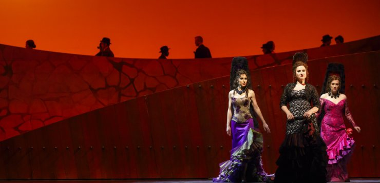 DePaul alumna reflects on road to Lyric Opera House