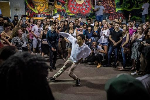 """""""Hideaway: Retreat from the Street,"""" explores the alley as a place to escape the eyes of the street. The last event of the year is on Sept. 28 at 55. S. Wells St for free.  (Photo courtesy to Kevin Kneeland and K & N Media)"""
