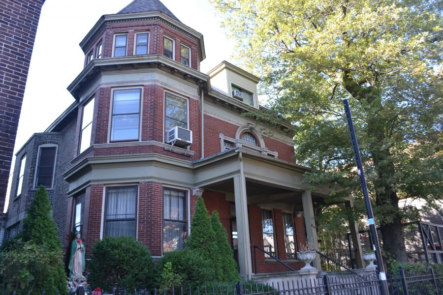 The Dax House will house five DePaul students and one live-in supervisor from DePaul USA. Students currently living there are victims of homelessness. (Benjamin Conboy/The DePaulia)