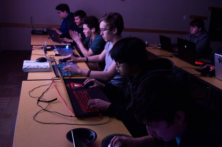 Players match up against each other during a sign up event on April 6. (Photo courtesy of DePaul League of Legends)
