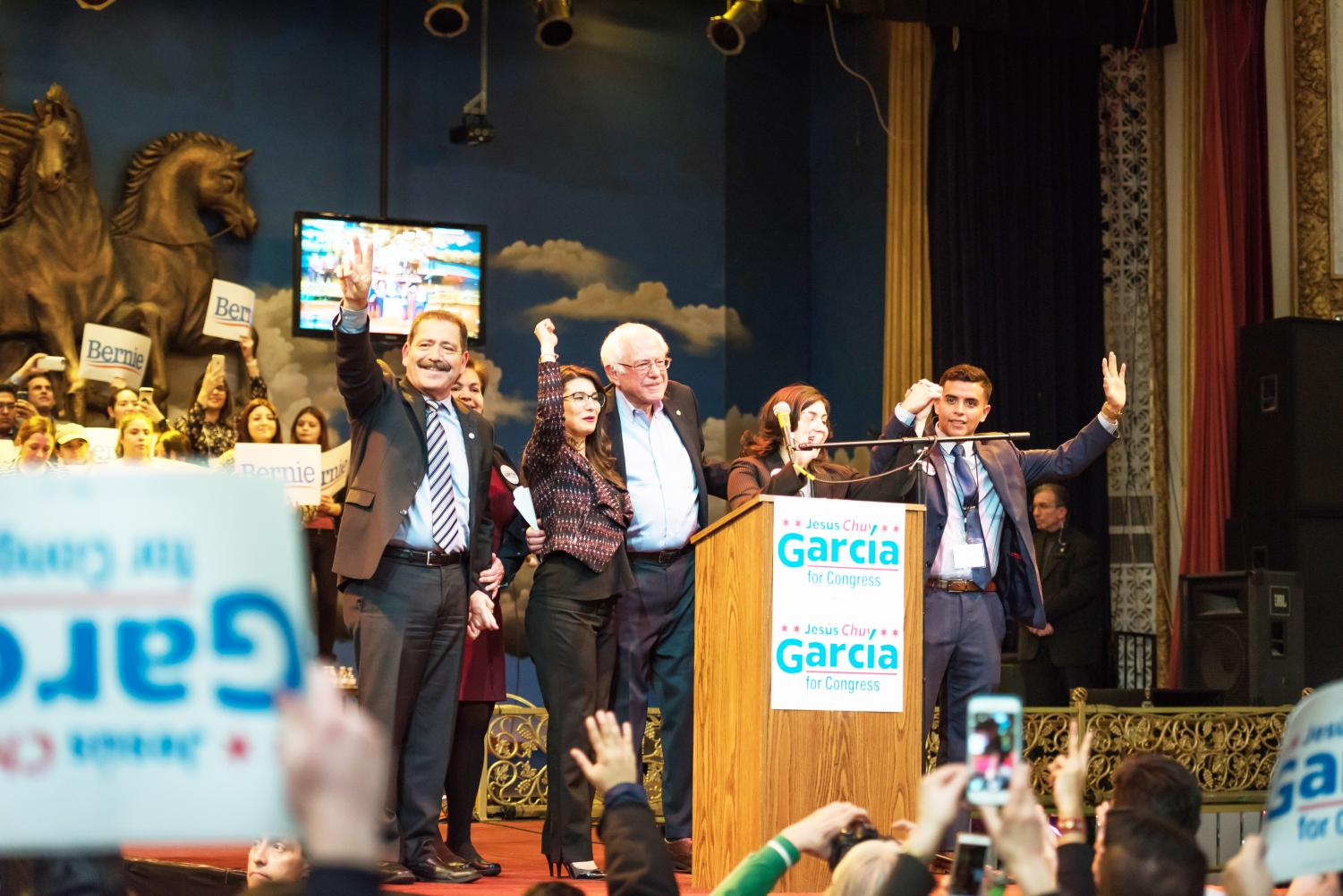 Veteran and amateur politicians alike showed up to support Garcia's bid for the US House of Representatives. Garcia most recently took on Mayor Rahm Emanuel in the 2015 mayoral election and lost. (Konrad Markowski | The DePaulia)