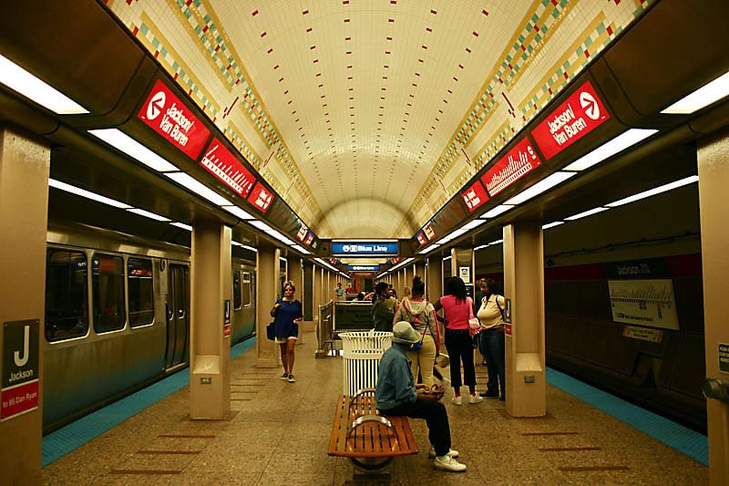 The CTA says they will add over 1,000 cameras at CTA locations, including cameras at every one of the 146 L stops.  (Photo courtesy of Wikimedia Commons)
