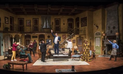 'Doppelgänger' brings farce to Chicago