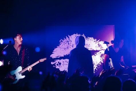 lovelytheband lights up Lincoln Hall