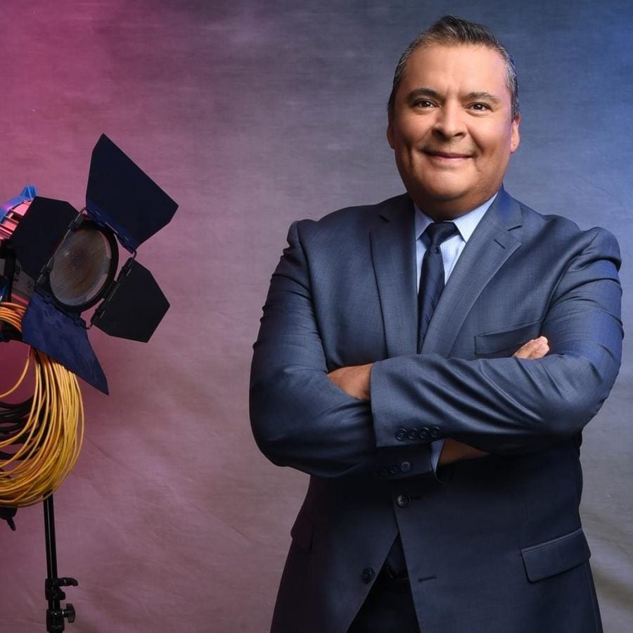 Hector Lozano: The voice for Univision Chicago Sports