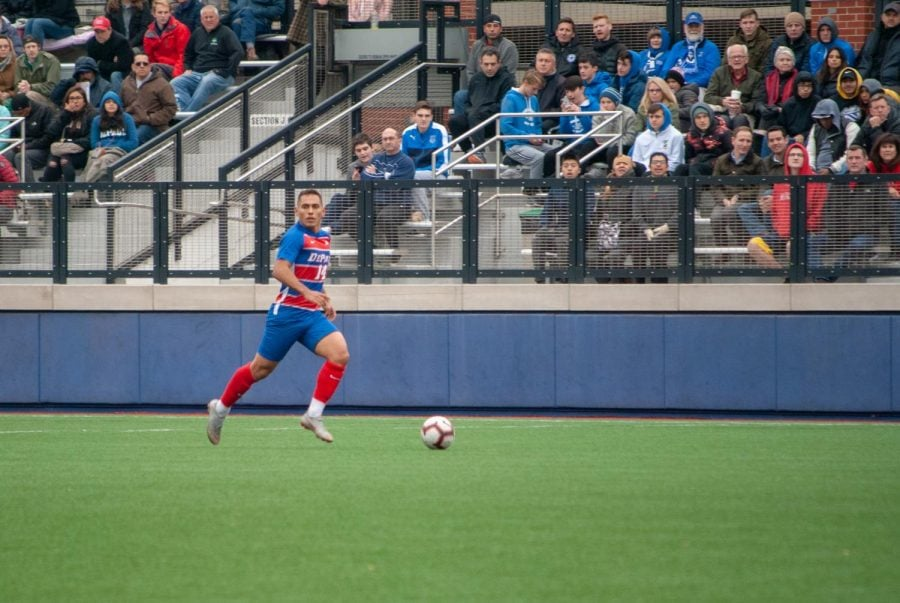 Men%E2%80%99s+soccer+looks+forward+to+brighter+future
