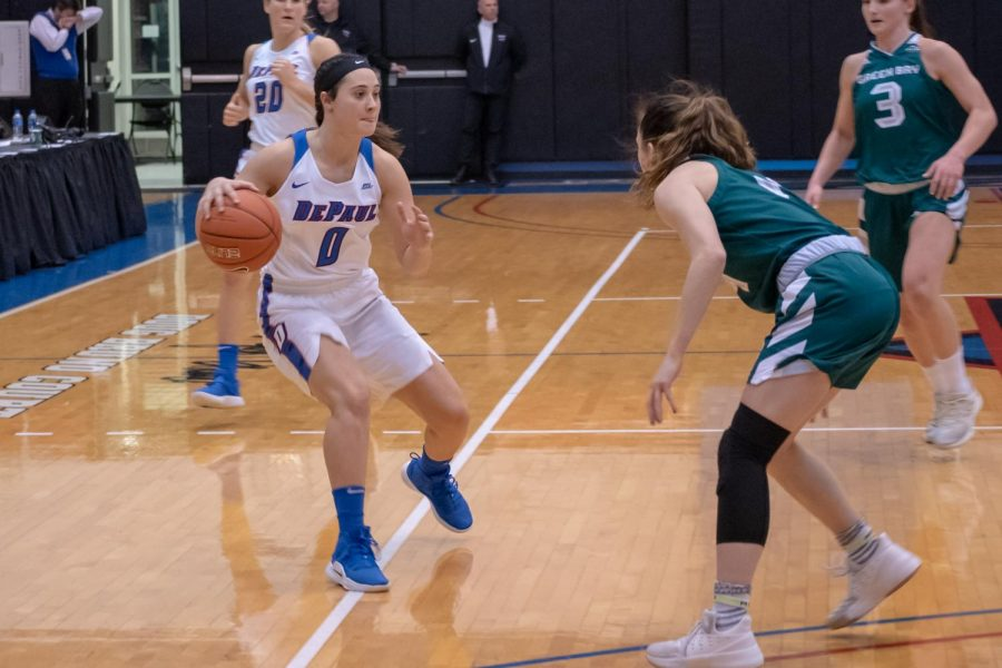 Senior+guard+Rebekah+Dahlman+made+her+return+to+the+court+and+led+the+Blue+Demons+with+21+points.+%0AJonathan+Aguilar+%7C+The+DePaulia