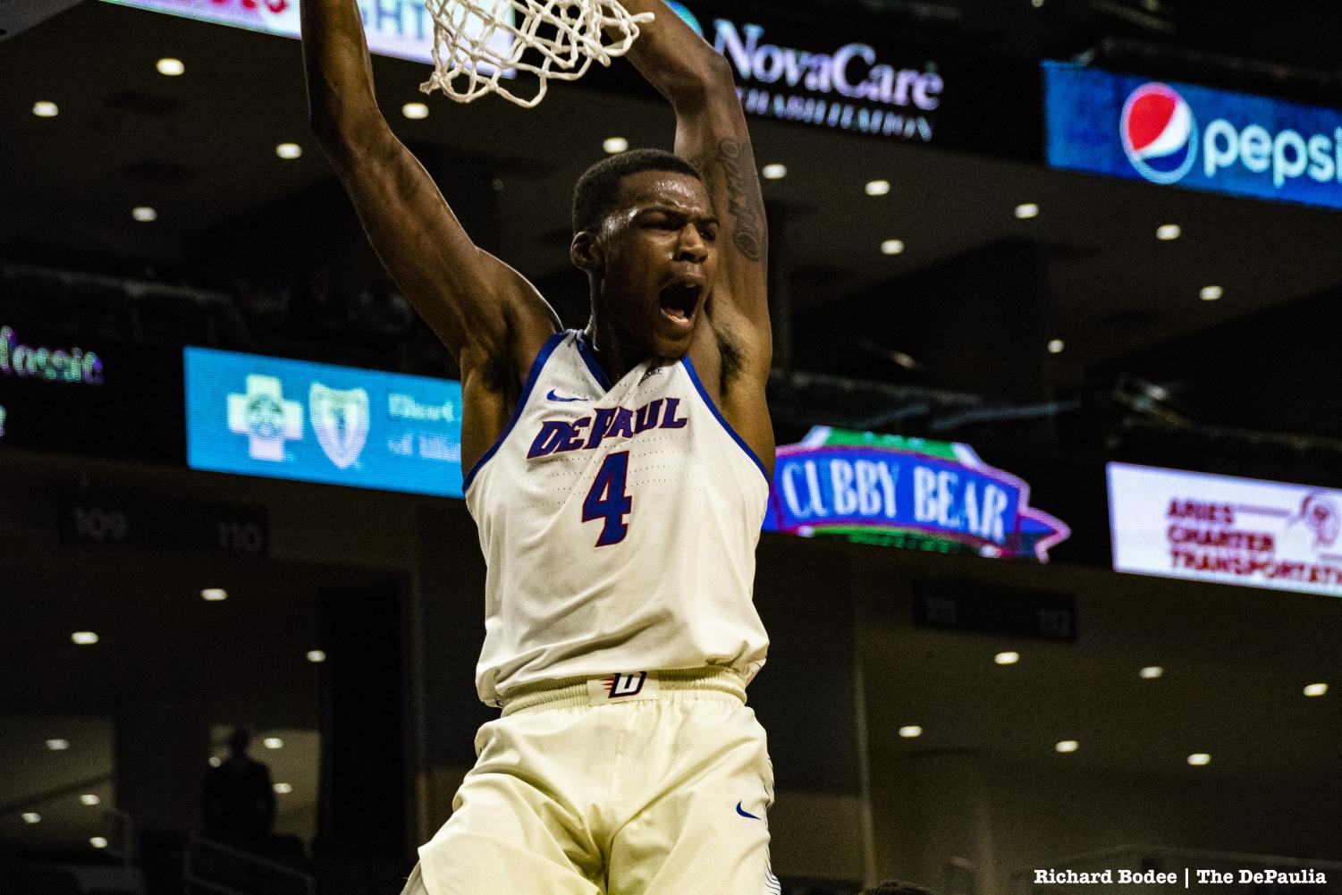 Paul Reed throws down one of many Blue Demon dunks in a 90-70 win against UIC on Friday. Richard Bodee I The DePaulia