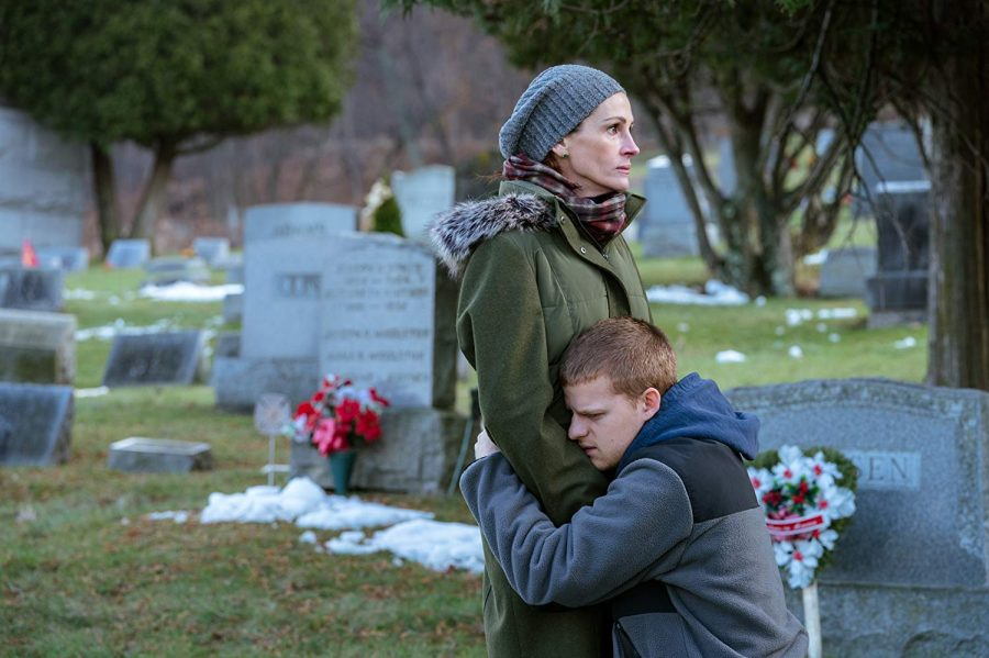 Peter Hedges creates poignant family portrait in 'Ben is Back'