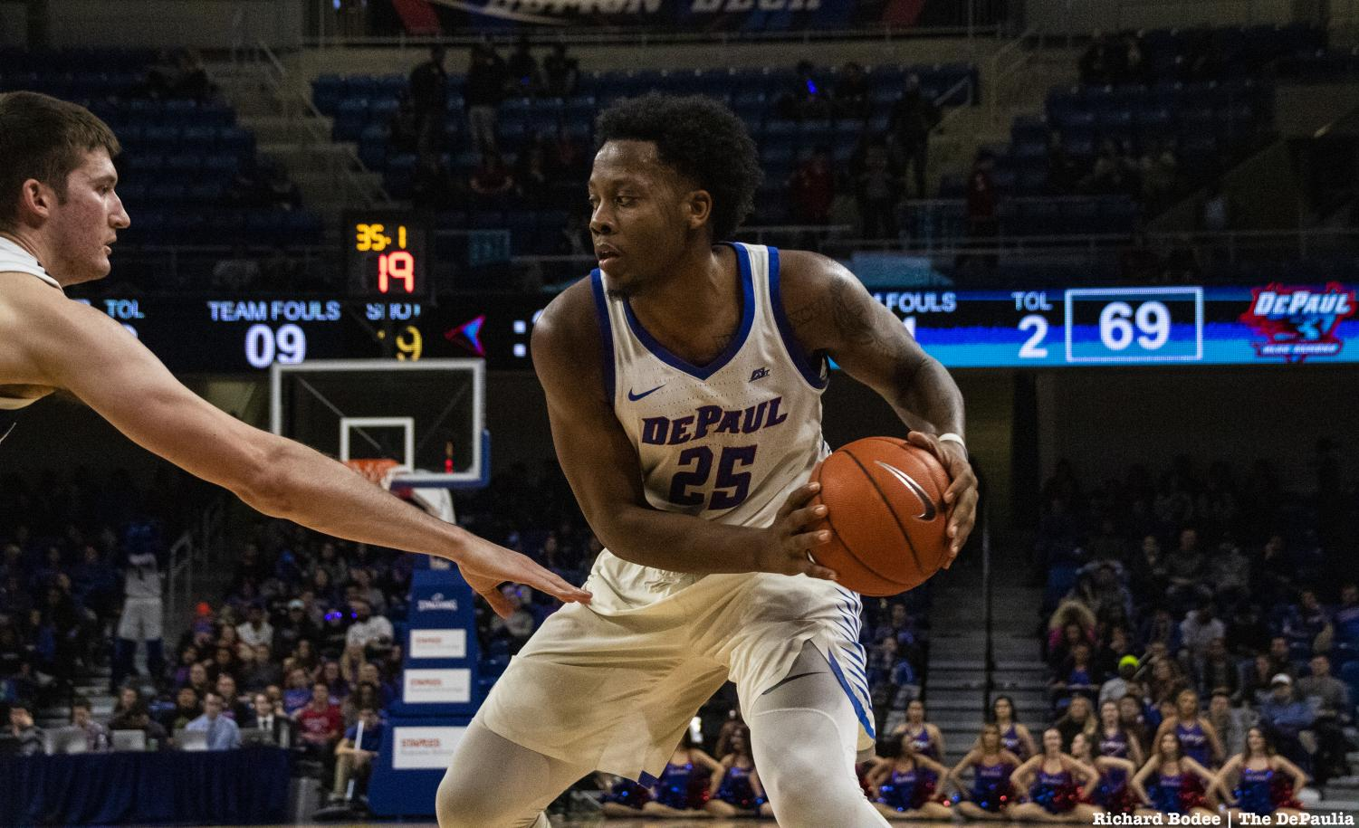 Senior+Olujobi+matches+up+against+a+Butler+defender+during+the+second+half+of+DePaul%27s+loss+to+Butler+Wednesday+night+at+Wintrust+Arena.+Richard+Bodee+%7C+The+DePaulia