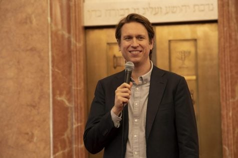 Pete Holmes on comedy, commitment and the third season of 'Crashing'