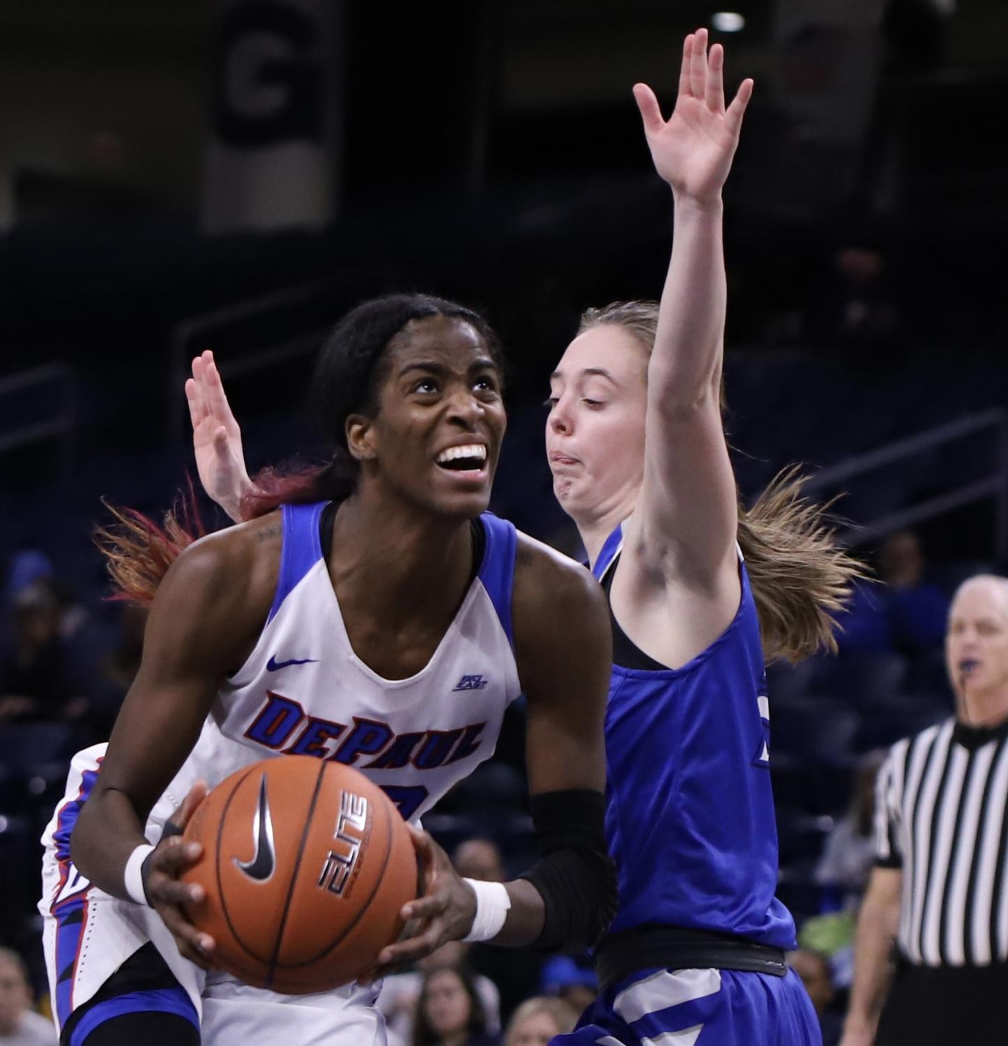 DePaul+forward+Chante+Stonewall+pushes+towards+the+basket+Monday+night+at+Wintrust+Arena.+Stonewall+finished+with+12+points+and+four+rebounds.+Alexa+Sandler+%7C+The+DePaulia