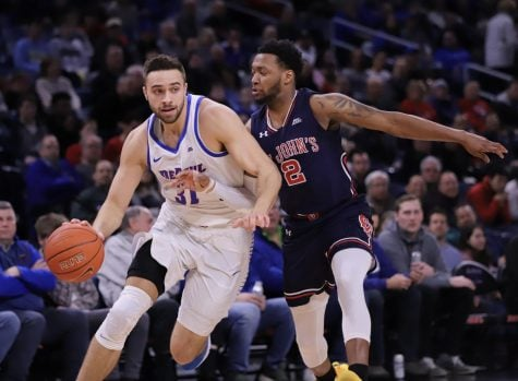 Forrest Robinson scores 20 points as DePaul upsets Creighton 70-60